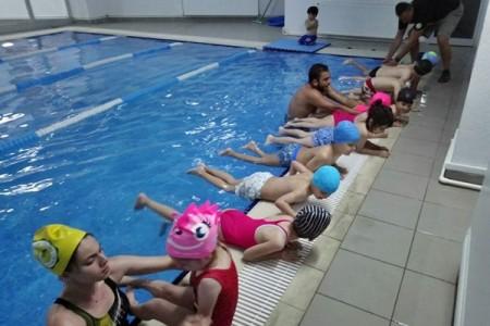 Yaz Okulu Yüzme Eğitimi