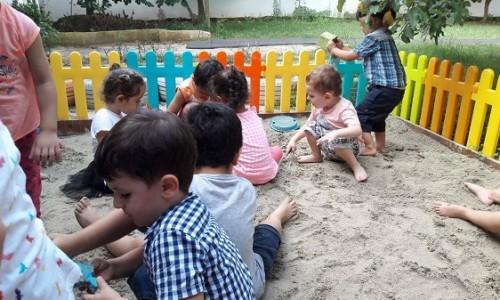 Kum Havuzunda Oyun
